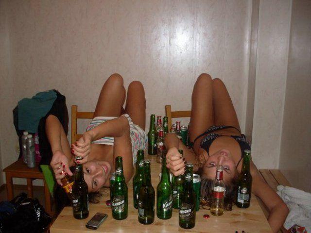 Видео пьяной жены в гостях с другом точно
